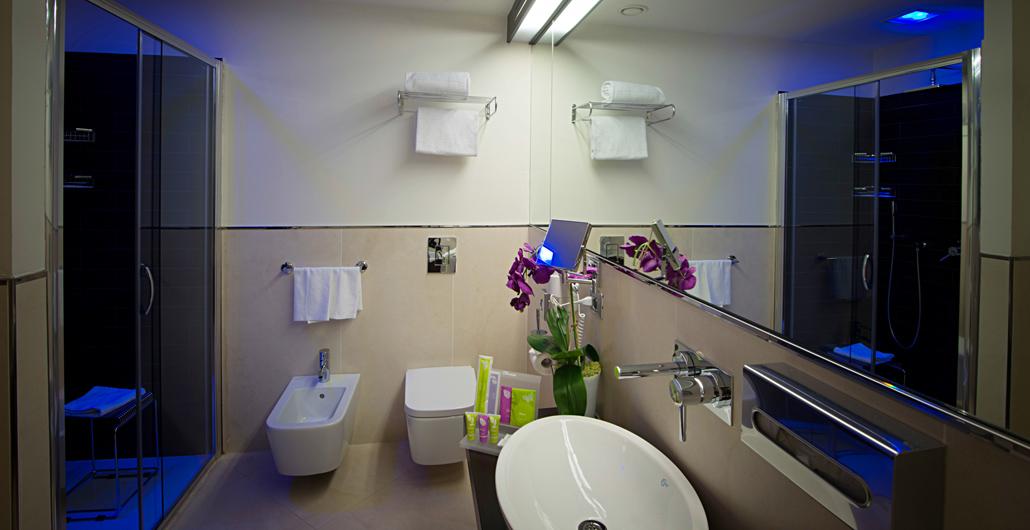 Hotel a limbiate vicino milano con camere e suite di - Hotel con camere a tema milano ...